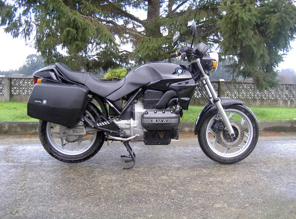 blog du nainposteur recherche d une ancienne moto bmw. Black Bedroom Furniture Sets. Home Design Ideas